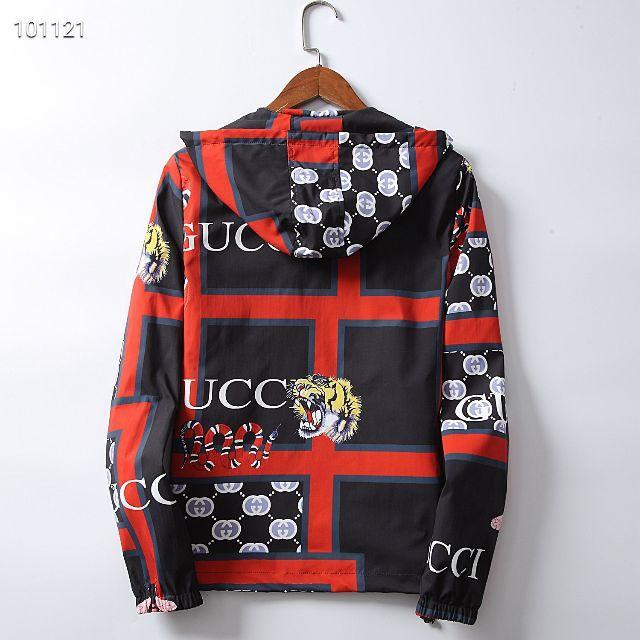 Gucci(グッチ)のGUCCI人気のプリントタイガーヘッドファッションメンズジャケット L メンズのジャケット/アウター(ブルゾン)の商品写真