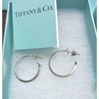 Tiffany & Co. - ティファニー T ワイヤーフープ ピアス