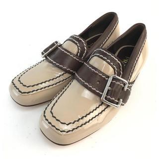 PRADA - ❤️セール❤️ PRADA プラダ 靴 ベージュ エナメル 35 レディース