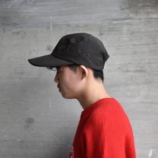 アンユーズド(UNUSED)のessay A-1 – LONG BRIM CAP(キャップ)