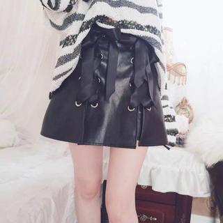 ボボンニジュウイチ(Bobon21)のレースアップ レザースカート(ミニスカート)