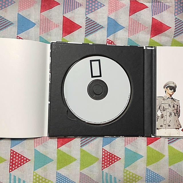 SHINee(シャイニー)のSHINee EVERYBODYオニュトレカ ステッカー付き エンタメ/ホビーのCD(K-POP/アジア)の商品写真