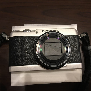 最終 OLYMPUS sh-3 カメラ(コンパクトデジタルカメラ)