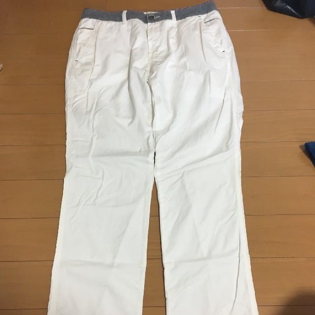 ikka(イッカ)のメンズ ikka 白パンツ XL メンズのパンツ(その他)の商品写真
