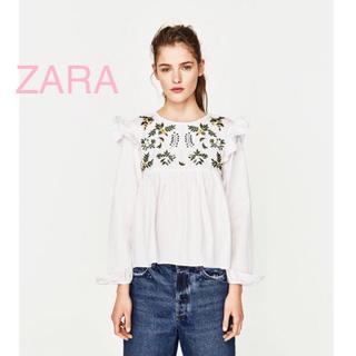 ザラ(ZARA)の美品 ZARA ザラ 長袖 ブラウス フリル 刺繍 ゆったり S (シャツ/ブラウス(長袖/七分))
