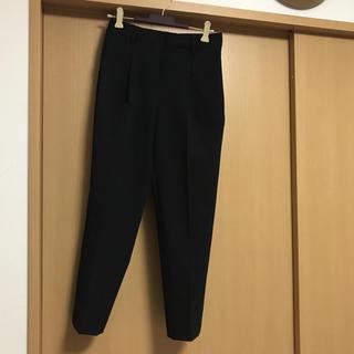 プラステ(PLST)のプラステ☆テーパードパンツ黒(クロップドパンツ)