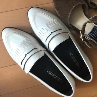 ランダ(RANDA)のRANDA ホワイトエナメル ローファー(ローファー/革靴)