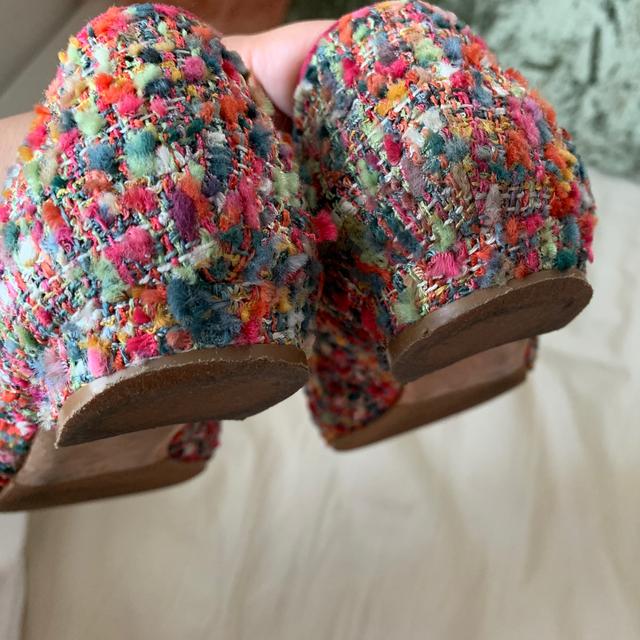 MANOLO BLAHNIK(マノロブラニク)の★マノロブラニク★ハンギシ フラット ツイード レディースの靴/シューズ(バレエシューズ)の商品写真