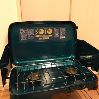 シンフジパートナー(新富士バーナー)のSOTO ツーバーナー(調理器具)