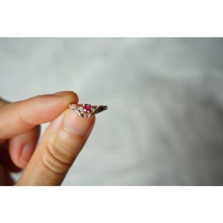 ジュエリーツツミ(JEWELRY TSUTSUMI)の美品☆ツツミ ルビー×ダイヤモンドのピンキーリング 3.5号 K14WG(リング(指輪))