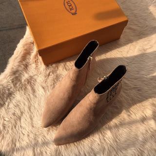 トッズ(TOD'S)のTOD'S ブーツ 美品 37(23.5cm)(ブーツ)