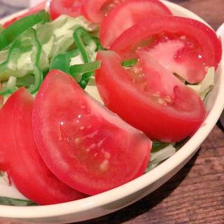 ルクルーゼ(LE CREUSET)のトマト(野菜)