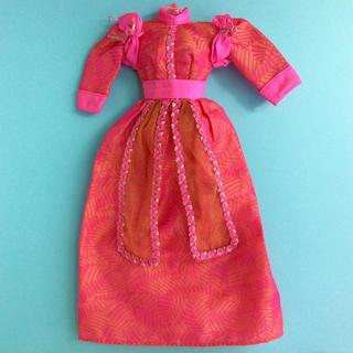 バービー(Barbie)のバービー コレクティブル モロッカン ドレス オレンジ×ピンク アウトフィット(ぬいぐるみ/人形)