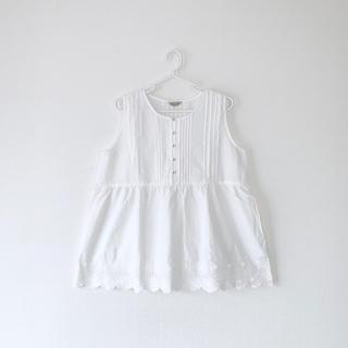 サマンサモスモス(SM2)のSamansa Mos 2 / 裾スカラップノースリブラウス(シャツ/ブラウス(半袖/袖なし))