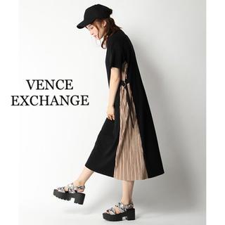ヴァンスエクスチェンジ(VENCE EXCHANGE)の専用 ヴァンス エクスチェンジ サイドプリーツクルーネックワンピースF(ロングワンピース/マキシワンピース)