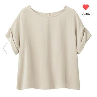 ジーユー(GU)のGU/ジーユー ロールアップスリーブブラウス 半袖 ベージュ S(シャツ/ブラウス(半袖/袖なし))