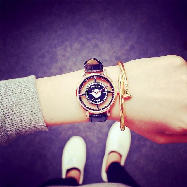 オーデマピゲコピー時計 - 【売り切れ必至!】海外直輸入!デザインウォッチ☆ブラックの通販 by poo★'s shop|ラクマ