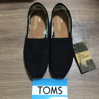 トムズ(TOMS)の新品未使用!TOMS ブラックキャンパス 24.5センチ(スリッポン/モカシン)
