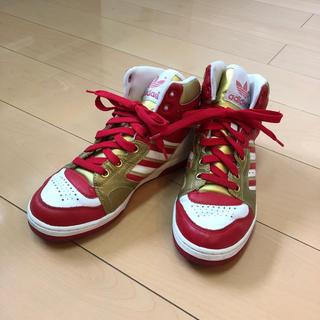 アディダス(adidas)のUSED☆adidasスニーカー☆赤金 ハイカットスニーカー ゴールド 赤(スニーカー)