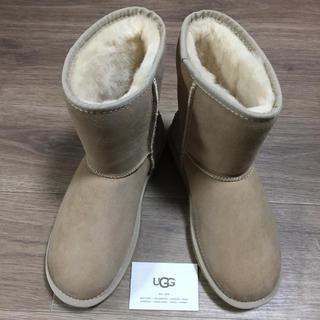 アグ(UGG)の新品未使用!正規品UGG ムートンブーツクラッシック2ショートサンド 26センチ(ブーツ)