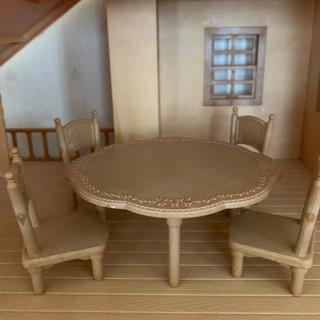 シルバニアファミリー テーブルと椅子