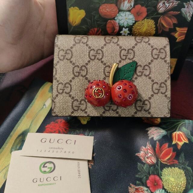 Gucci - GUCCI二つ折り財布の通販 by 0078's shop|グッチならラクマ