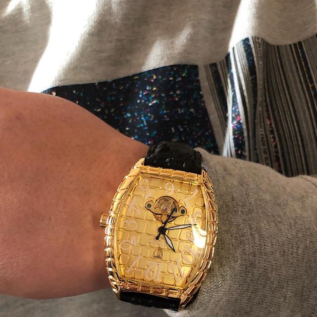 シャネル 時計 ケース | 【新品】海外セレブ愛用☆高級腕時計機械式 18K GOLD デカめ文字盤の通販 by MICCHI☆ISM no.2|ラクマ