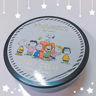 スヌーピー(SNOOPY)のミシェル様専用 スヌーピ ボディクリーム65g クロエフラワーの香り(ボディクリーム)