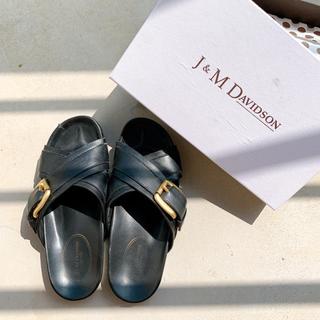 ジェイアンドエムデヴィッドソン(J&M DAVIDSON)の定価39,000★J & M Davidson サンダル 38 黒(サンダル)