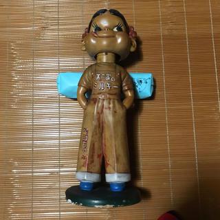 フジヤ(不二家)のペコちゃん 首振り人形 約37cm 不二家 木製台座ソフビ 不二家 板バネ (キャラクターグッズ)