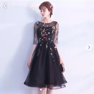 チェスティ(Chesty)の■花刺繍 シースルー ドレス 結婚式 ■(ミディアムドレス)