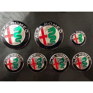 アルファロメオ(Alfa Romeo)のフルセットがオトク!■アルファロメオ現行型エンブレムセット■送料0(車種別パーツ)