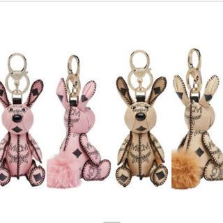エムシーエム(MCM)の【り様専用】MCM rabbit animal charm (その他)