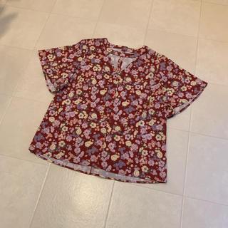 ジュエティ(jouetie)のjouetie 花柄カットソー Mサイズ(カットソー(半袖/袖なし))