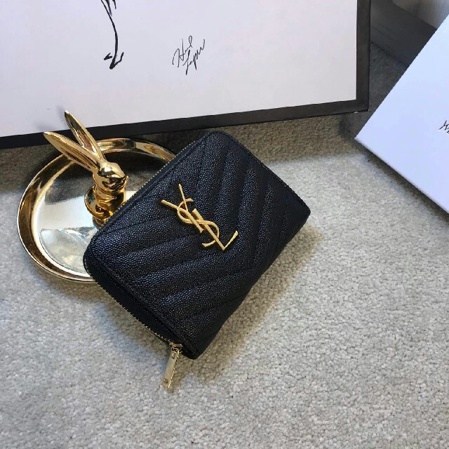 Yves Saint Laurent Beaute - Ysl (Yves Saint Laurent Beaute) 财布の通販 by ❤め❤'s shop|イヴサンローランボーテならラクマ