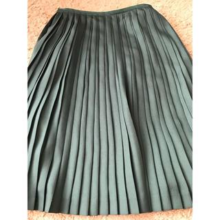 マルティニークルコント(martinique Le Conte)のプリーツスカート(ひざ丈スカート)