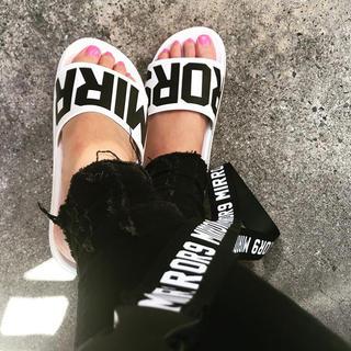 ルームサンマルロクコンテンポラリー(room306 CONTEMPORARY)のMIRROR9 Pool Sandals / White(サンダル)