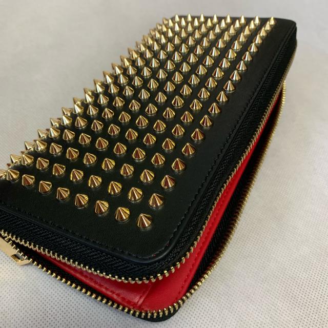 高品質合皮素材 スタッズ 長財布 ラウンドファスナー  とげとげの通販 by rk's shop|ラクマ