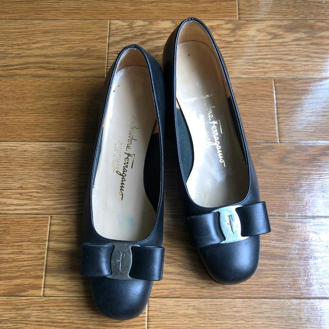 Salvatore Ferragamo(サルヴァトーレフェラガモ)のフェラガモ パンプス レディースの靴/シューズ(ハイヒール/パンプス)の商品写真