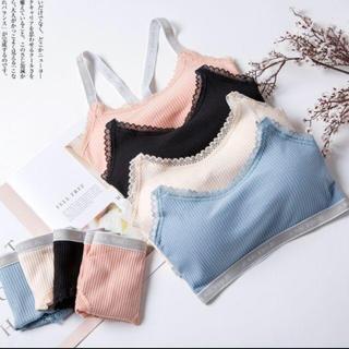 ブラ&ショーツ 4色 まとめ売り(ブラ&ショーツセット)