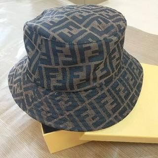 フェンディ(FENDI)のFENDI ハット 帽子 男女兼用 美品 新品(ハット)
