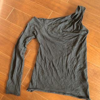スナイデル(snidel)のSNIDEL BLKワンショルダー(Tシャツ(長袖/七分))