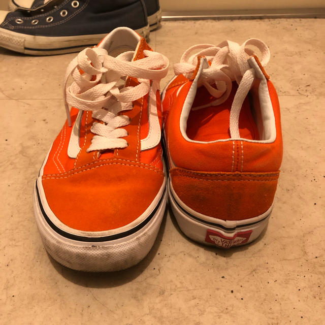 VANS(ヴァンズ)のvans オールドスクール オレンジ レディースの靴/シューズ(スニーカー)の商品写真