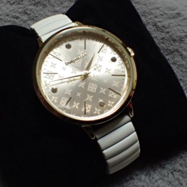 Russet - Daily russet ジャバラウォッチ 腕時計 ホワイトの通販 by Laputa's shop|ラシットならラクマ