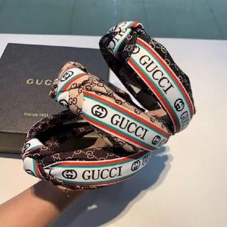 Gucci - 美品 GUCCI カチューシャ