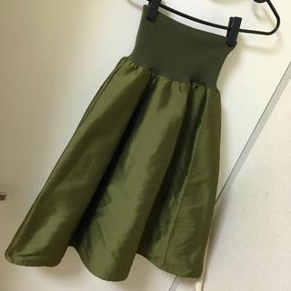 シビラ(Sybilla)のサテンスカート カーキ(ひざ丈スカート)