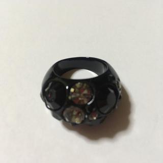 ラインストーン 黒 指輪(リング(指輪))