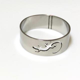 同時購入で300円 ステンレス指輪 トカゲ(リング(指輪))