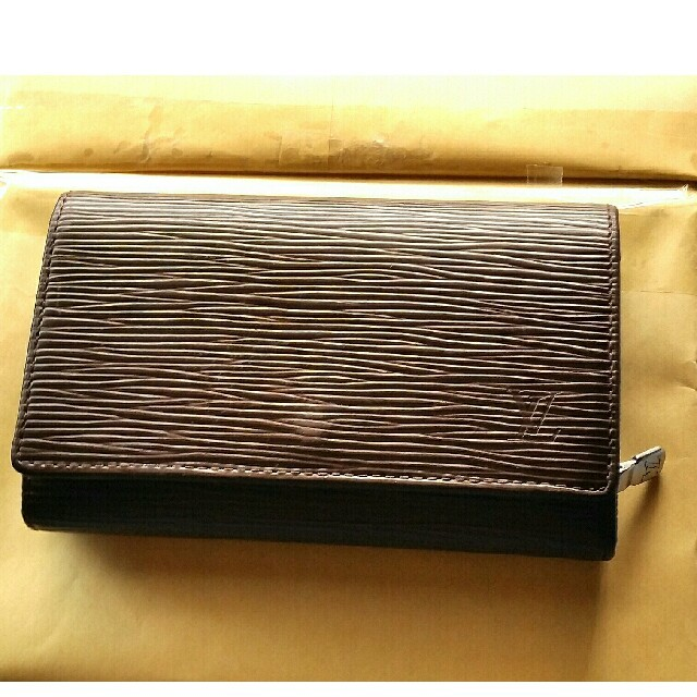 韓国時計偽物,韓国偽物財布