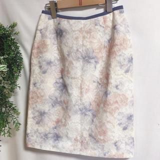 アプワイザーリッシェ(Apuweiser-riche)の花柄スカート フラワーレースタイトスカート Apuweiser-riche(ひざ丈スカート)